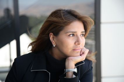 woman with UTI discomfort
