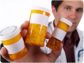 doc-holding-pills